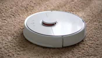 Как выбрать робот-пылесос для умного дома